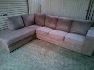 Lshaped lounge with chase Para Hills Salisbury Area Preview