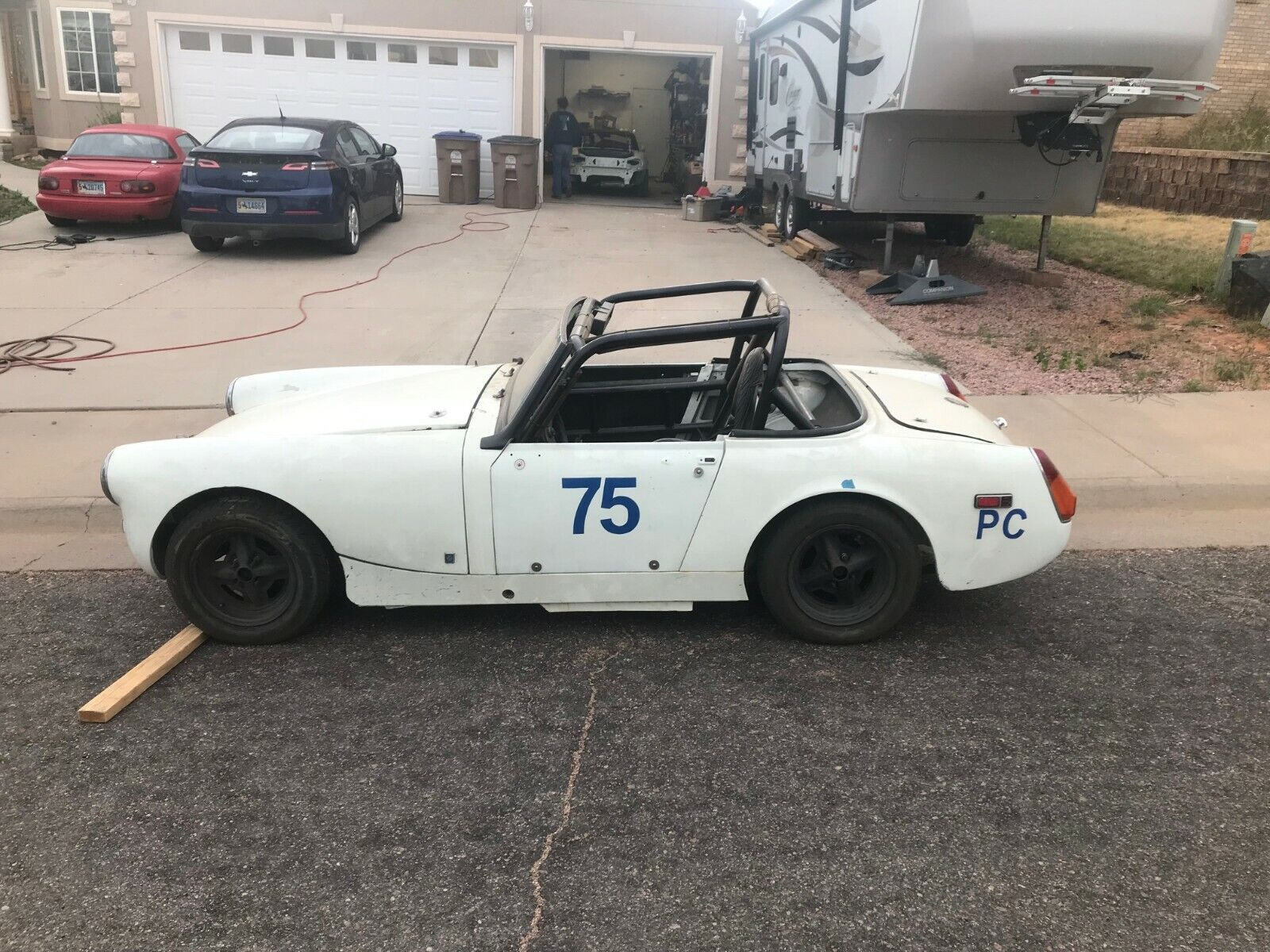 1972 MG Midget race car rolling chassis