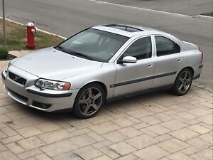 2004 Volvo S60R manual 269km $2900 text 5145161733