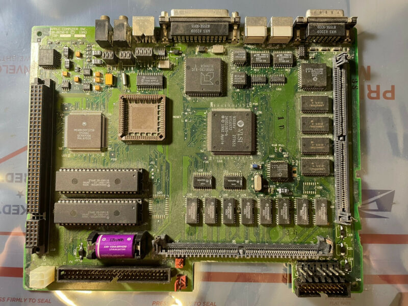 RECAPPED Apple Macintosh LC III Performa 450 M1254 LCIII Logic Board Motherboard