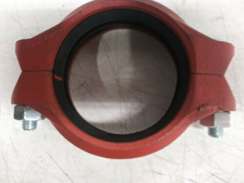 Victaulic Style 75 3-1/2 in. Grooved Painted Ductile Iron Coupling with E Gasket