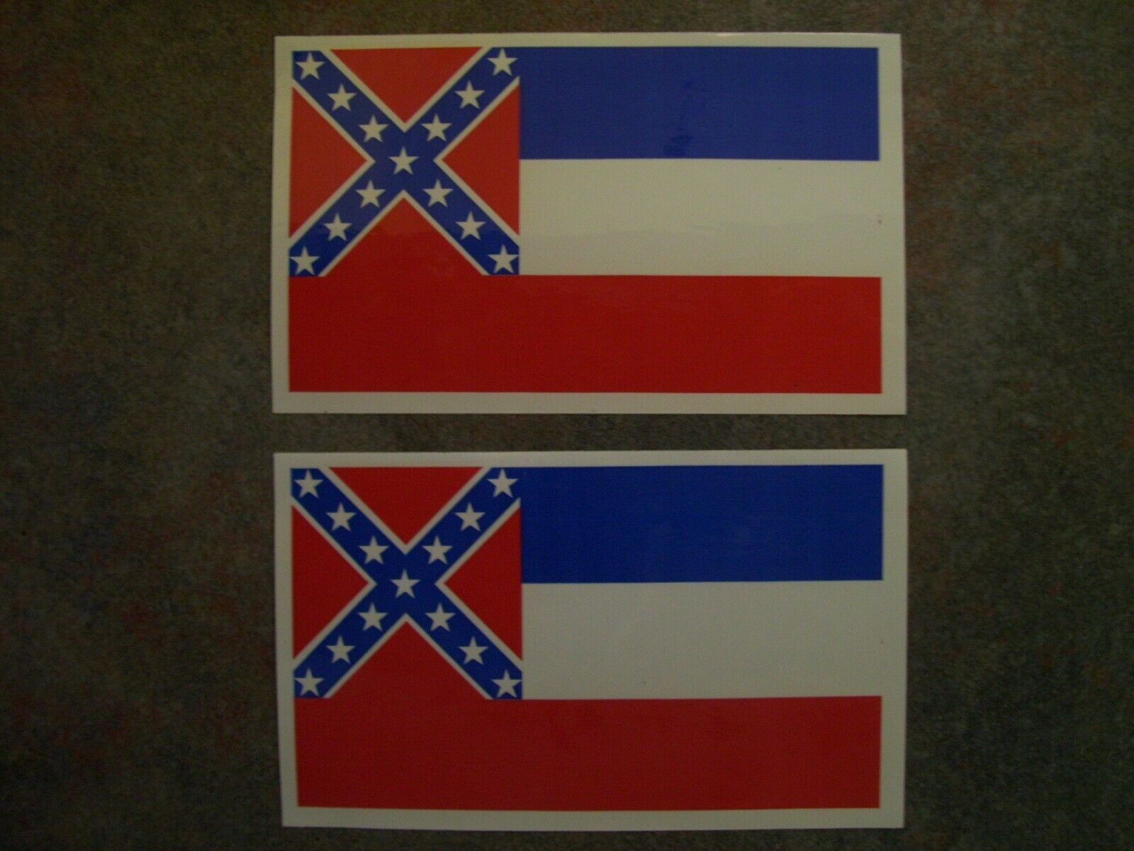 "Home Decoration - Set of 2 - Mississippi Flag Vinyl Decal / 3"" x 5"" Sticker / From Jackson, MS"