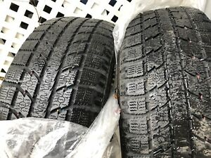 2 winter tires toyo gsi 5 observe 215 55 18