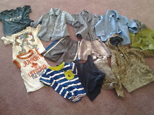 TODDLERS BOYS CLOTHES .