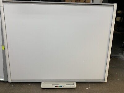 Dual Touch Interactive Smart Board M600 Series M680 77 W Two Styluses And Tray