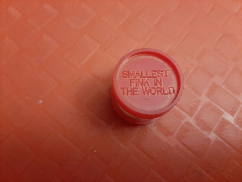 VINTAGE GUMBALL/VENDING SMALLEST FINK IN THE WORLD CHARM/TOY  PRICE REDUCED
