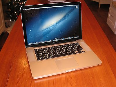 "15"" Apple Macbook Pro i7 Quad Core + 16 GB RAM + 1 TB Hybrid Solid State Drive!!"