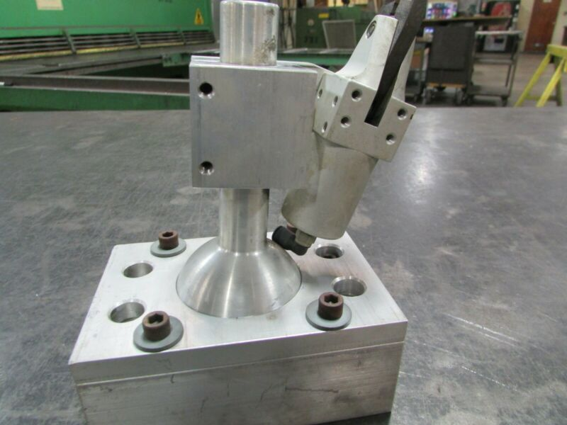 Slightly used Simonds Robotic Gate cutter SM-100 with blade and mount