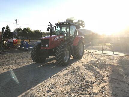 6475 Massey Ferguson Tractor
