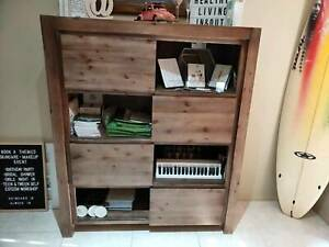 Silverwood display storage unit Must go by Friday $300 Bundall Gold Coast City Preview