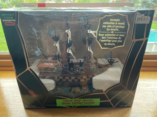 *HOT* Lemax Halloween Spooky Town #35781 Lighted Ghost Pirate Galleon! L@@K