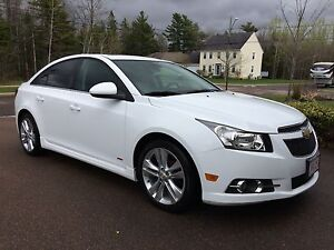 2014 Chevy Cruze RS Fully Loaded/Leather