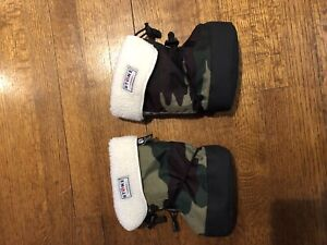 Stonz booties and liners, large, camo