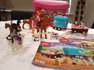 Lego  FRIENDS   Plus Extras Pooraka Salisbury Area Preview