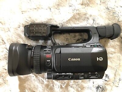 Canon 4888B001 XF100 32GB High Definition Professional Camcorder pristine