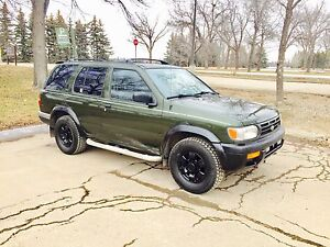 1998 Nissan Pathfinder 4x4 Chilkoot