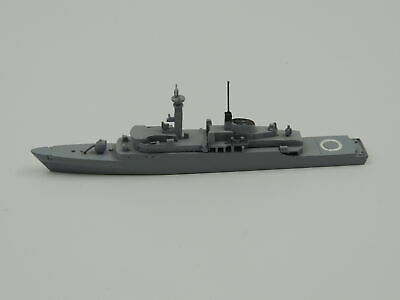 1:1250 Metal Ship Model Delphin D 121 Amazon Frigate
