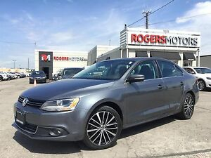 2014 Volkswagen Jetta TSI - LEATHER - SUNROOF