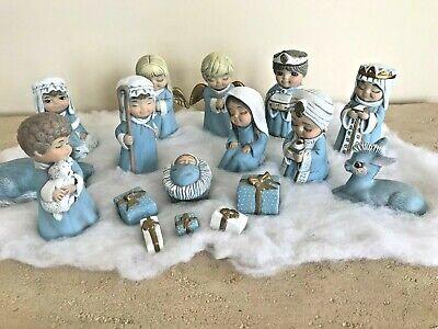 Child's Nativity Set (Hand Painted Child's Ceramic Nativity Set 17 Pieces - Beautiful Detail,)