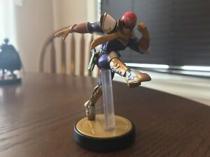 Selling 3 Amiibo for 15$