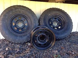 100 ser cruiser rims and tyres North Tivoli Ipswich City Preview