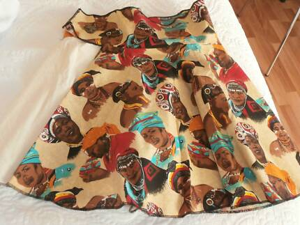 Size 10/12 African Print Wrap Skirt in Excellent Condition Prospect Prospect Area Preview
