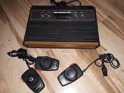 Atari 2600 4-switch Woodgrain Console Bundle UNTESTED