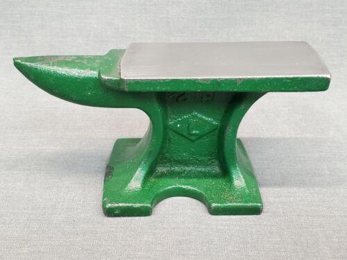 Vintage Miniature Jewelers Anvil Cast  Anvil  #219  L USA