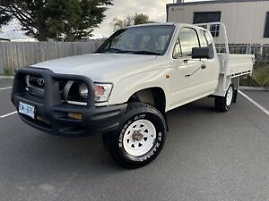 2003 Toyota Hilux (4x4) 5 Sp Manual 4x4 C/chas