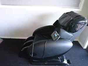 Massage chair - zero gravity, full body Gungahlin Gungahlin Area Preview