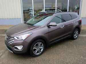 2015 Hyundai Santa Fe XL Limited AWD - Fully Loaded