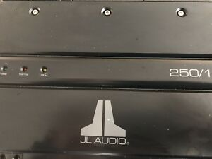 JL Audio 250/1 Slash - Special Edition Black