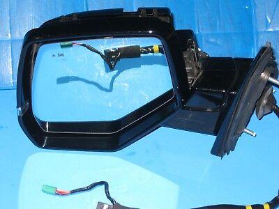 2015-16 Cadillac Escalade Right Passenger Side Signal Door Mirror OEM W// Camera