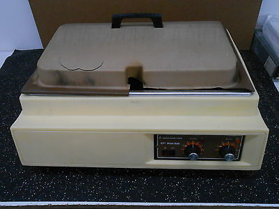 Lab-line Instruments W2975-22 Approximately 20 Liter Water Bath