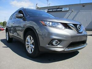 2015 Nissan Rogue SV PANORAMIC SUNROOF, BACKUP CAM, HEATED SE...