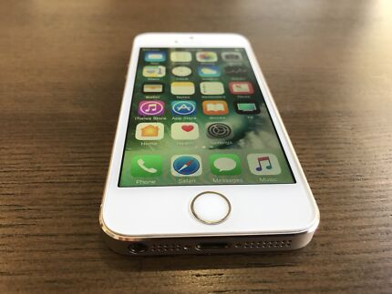 iPhone 5s 16gb gold in excellent condition
