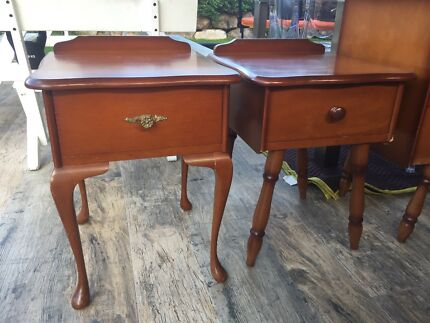 BEDSIDE TABLES DRESSERS TALL BOYS BUFFET TIMBER