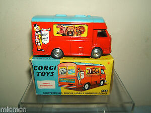 CORGI-TOYS-MODEL-No-426-CHIPPERFIELDS-MOBILE-BOOKING-OFFICE-MIB