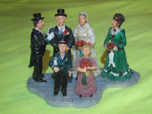 """LEMAX CHRISTMAS VILLAGE FIGURINE-COUPLE GETTING MARRIED W/WEDDING PARTY-2 1/2"""""""