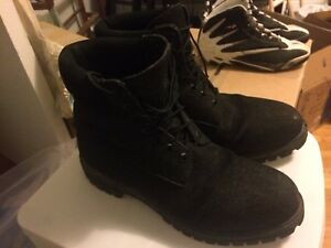 Timberlands black boots