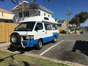 TOYOTA HIACE CAMPERVAN DIESEL 4 WD Mermaid Beach Gold Coast City Preview