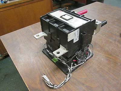 Abb Contactor Eh 260 24vdc Coil 300a 600v 2p Used