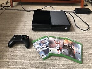 XBOX ONE BUNDLE WITH GAMES!