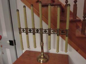 Chandeliers d'église