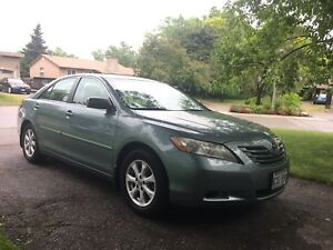 2008 Toyota Camry LE Low Km 160000 With Winter Tires