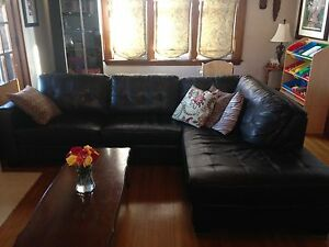 Dark Brown Leather Sectional Couch/sofa