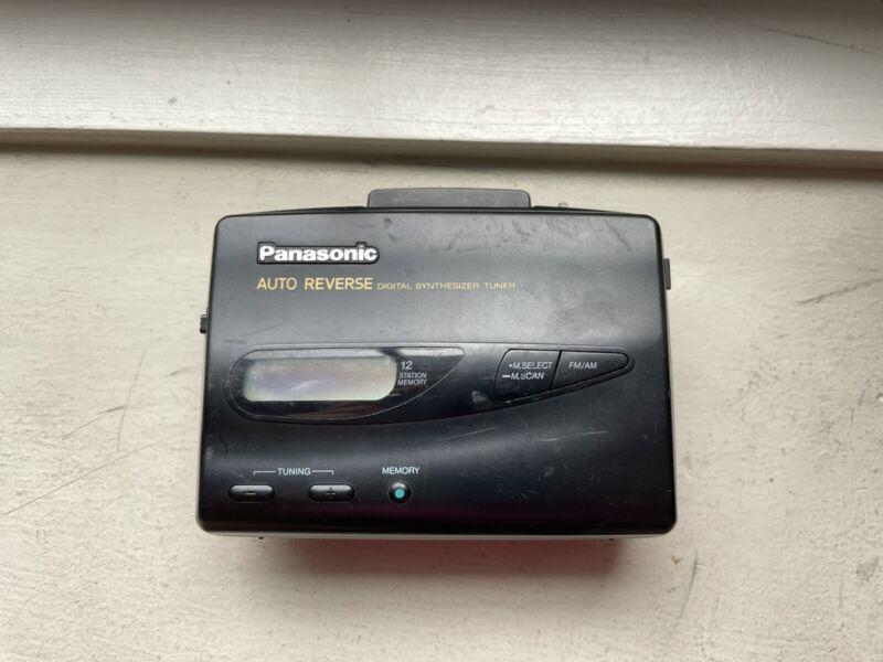Panasonic RQ-V185 Auto Reverse Digital Synthesizer Tuner AM/FM Cassette Player