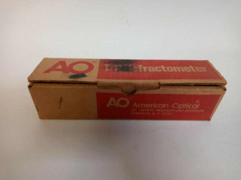American Optical Co 10430 T/C Hand Refractometer 0-30° brix