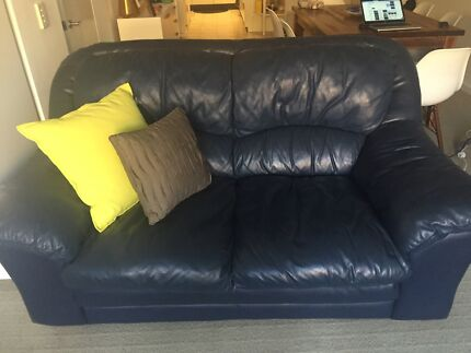 2.5 and 3 seater couch for FREE Bronte Eastern Suburbs Preview