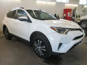 2016 Toyota RAV4 LE- AWD! ONLY 58K! HEATED SEATS!